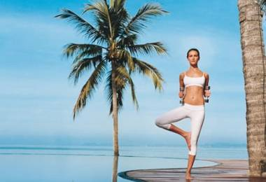 Bài Yoga giúp eo thon bụng phẳng