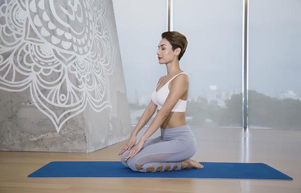 Tư thế Yoga Kim Cương