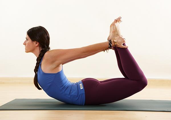 Tư thế yoga Cái Cung
