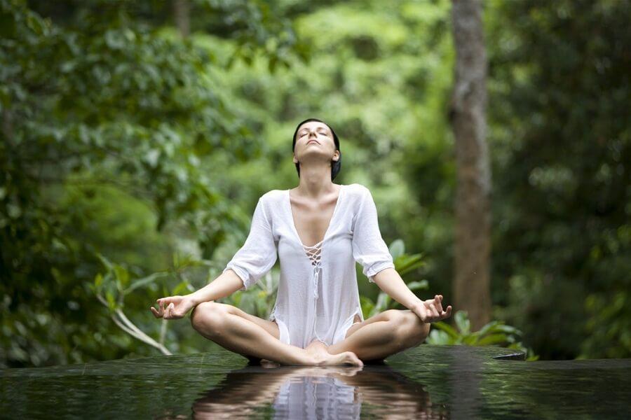 Thiền bằng hình ảnh trong yoga