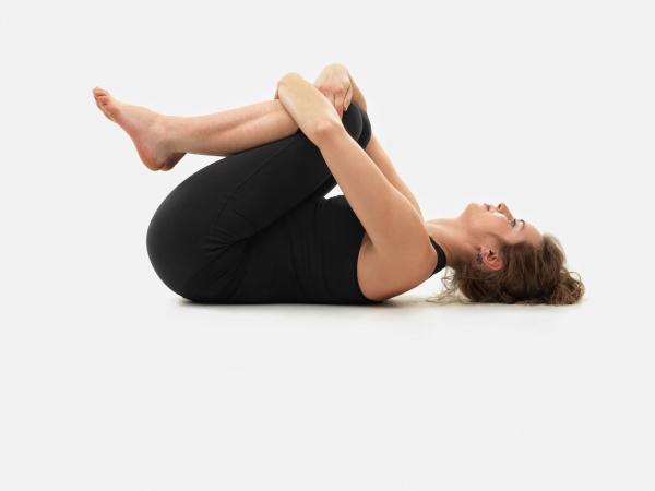 Tư thế yoga thả hơi