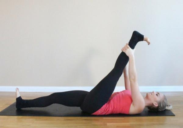 yoga giúp dãn dây chằng